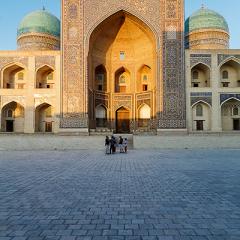 Madrassa de Mir-i-Arab. Bukhara.